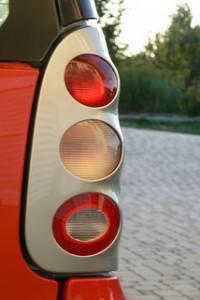 Comment changer des plaquettes de frein 200x300 Comment changer des plaquettes de frein ?